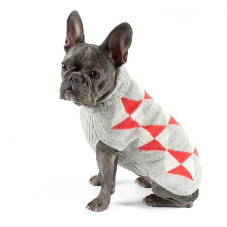 Alqo-Wasi-Geometric-Dog-Sweater-Coral-Lifestyle-Frenchie-450